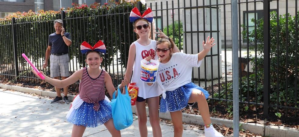 Children at Doo Dah  Parade